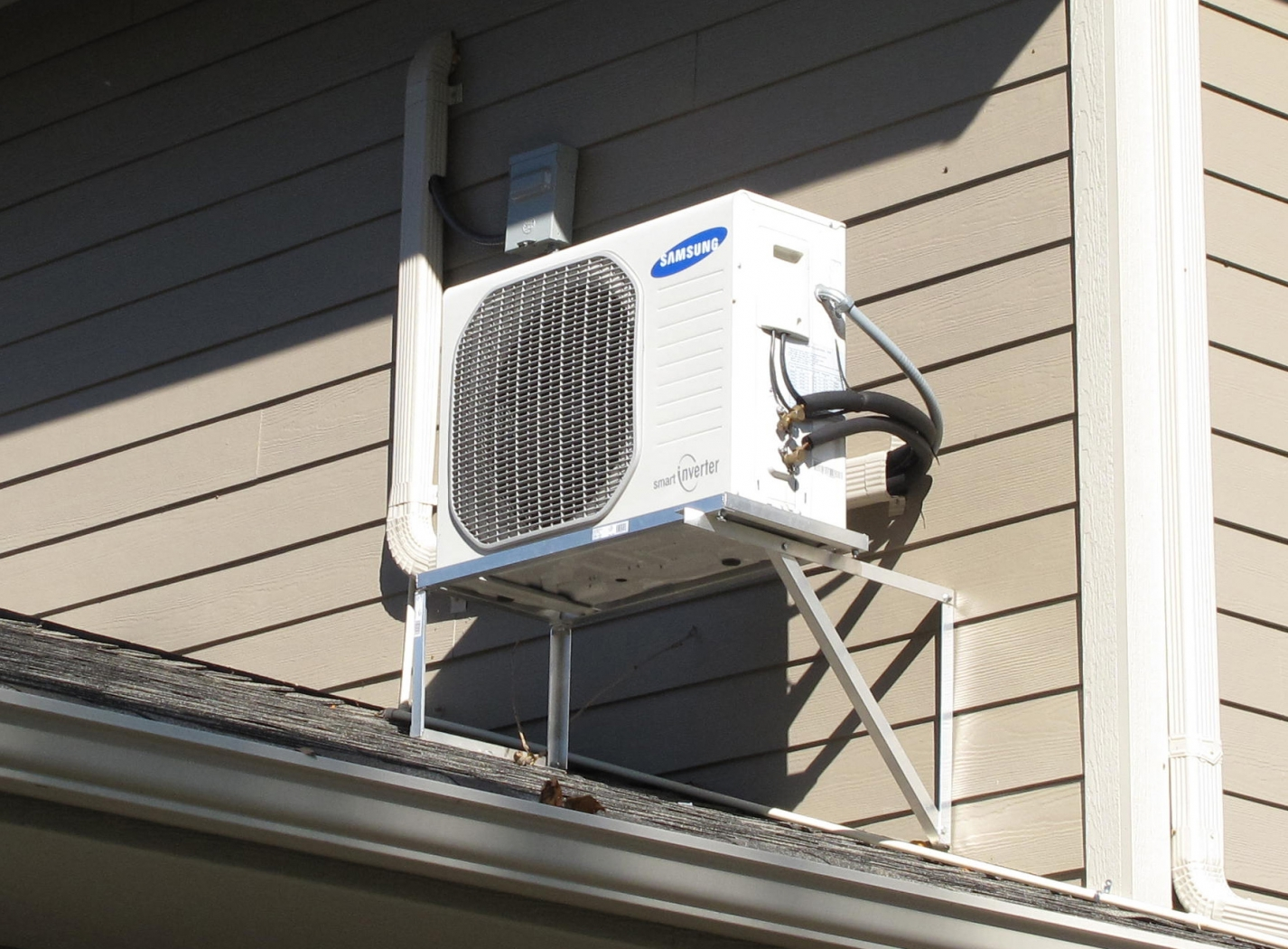 Ductless Heating And Cooling Systems How It Works Salt
